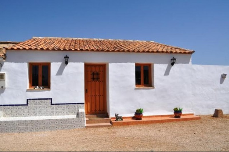 Exclusive pet villa rental now available at Mountain View Kennels and Cattery in Fuente Álamo