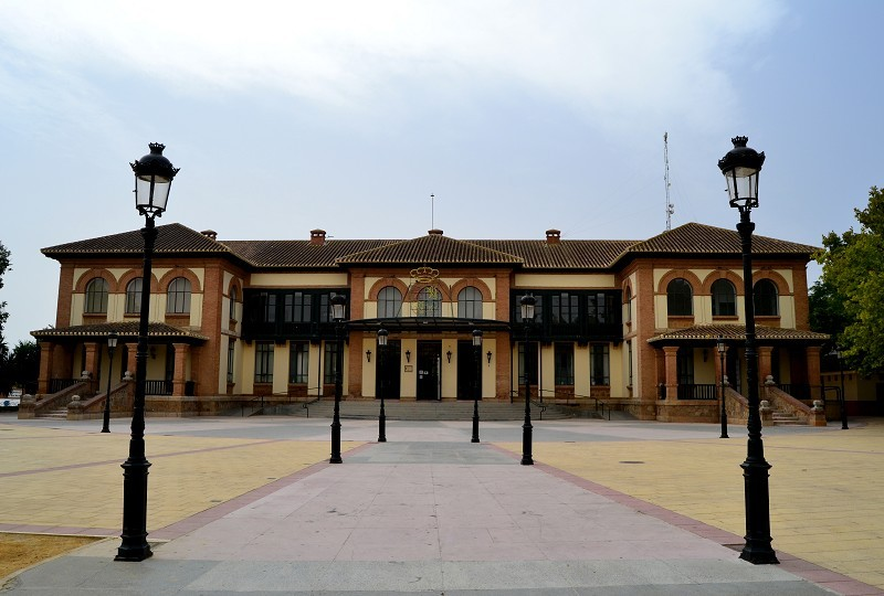 <span style='color:#780948'>ARCHIVED</span> - Campillos in Malaga postpones popular August feria but announces programme of cultural activities