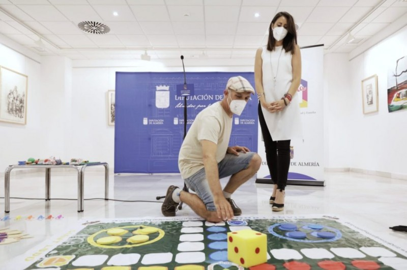 Almería launches campaign to reintroduce old-fashioned children's games to youngsters