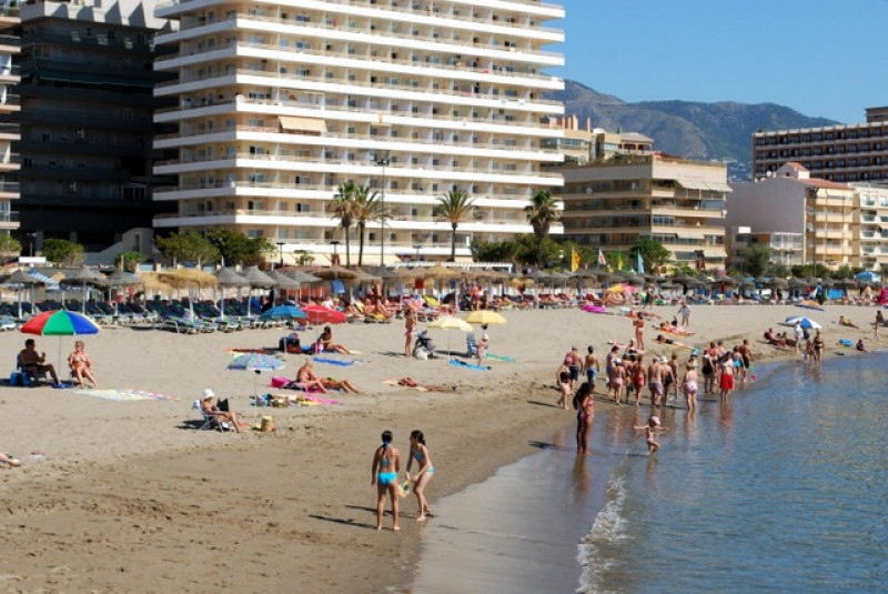 <span style='color:#780948'>ARCHIVED</span> - International tourism in Andalucia drops by 35.4 per cent in 2021